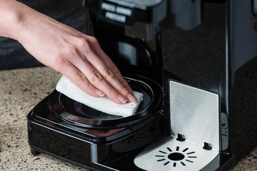 Make Sure That your Coffee Maker is Clean